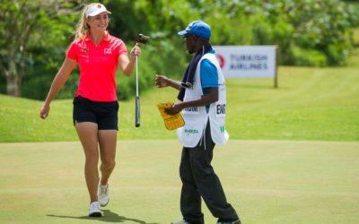 Julia Engstrom afrontará el sábado con seis golpes de ventaja