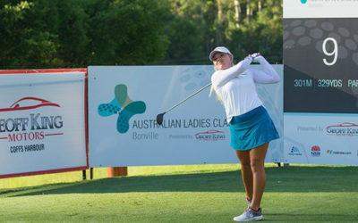 Lauren Stephenson lidera el primer torneo de la nueva temporada