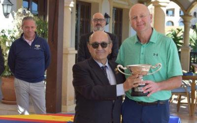 Steven Graham le levanta a Cestino el título en Alicante