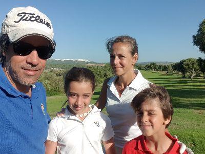 Disfruta del mejor golf en familia y para jóvenes en Andalucía