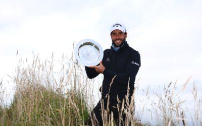 Adrián Otaegui vence en el Scottish Championship con una monumental vuelta final