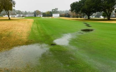 La lluvia obliga a suspender el juego en Texas