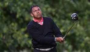 Rafael Gómez, líder a la espera que se reanude el Staysure PGA Senior Championship