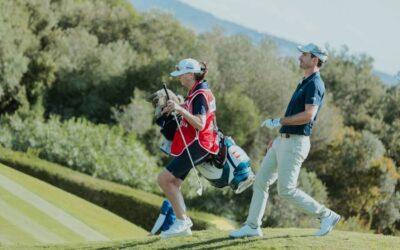 Alejandro Cañizares agarra la bandera del golf español en el Estrella Damm Andalucía Masters